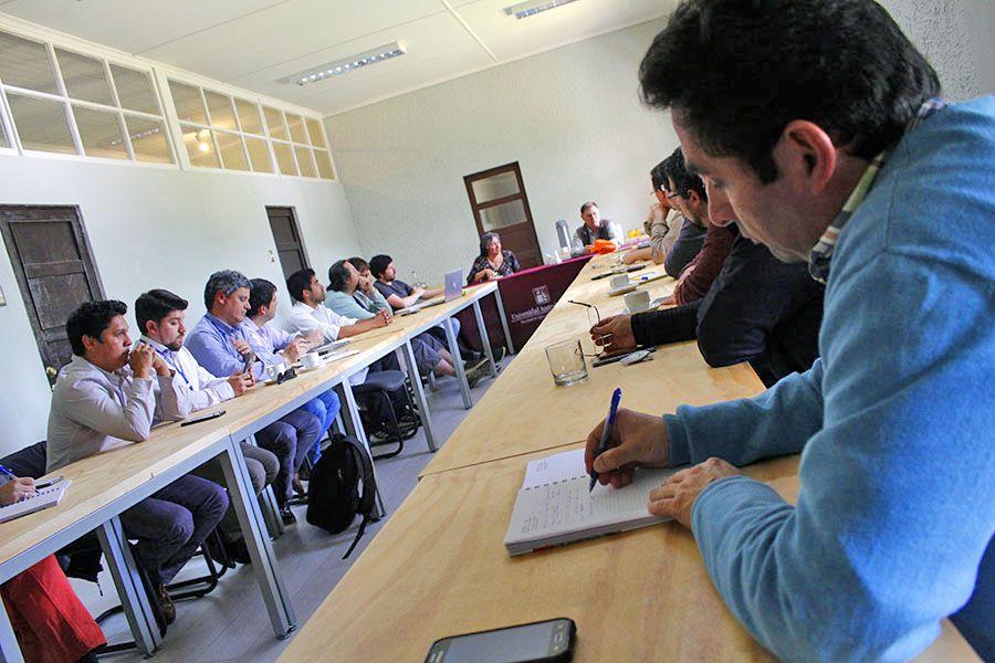 """Ingeniería UACh y Hospital Base de Valdivia proyectan """"potente alianza"""" de investigación aplicada"""